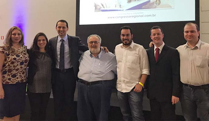 Maestro Dante Mantovani profere palestra no I Simpósio Regional de Educação dos Filhos no PR